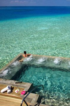 Honeymoon destination=FOUND. velassaru resort, maldives. Can I go now?