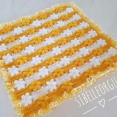 2018 Lif Modelleri 2018 Lif Modelleri - Değişik Lif Modelleri 2018 lif modelleri oldukça renkli ve çeşitli boyutlarda bulunuyor. Lif örmeyi bilenler bu işi tutku... #2018lifmodeli #2018lifmodelleri #lifmodeli Crochet Blanket Patterns, Baby Knitting Patterns, Crochet Stitches, Love Crochet, Beautiful Crochet, Crochet Baby, Barbie Accessories, Crochet Accessories, Crochet World