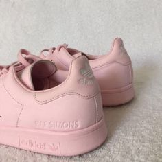 Pink Stan Smith