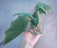 Felt Dragon of Awesome by Uber-Kitten on DeviantArt Winged Dragon by Shalladdrin on DeviantArt Needle Felted Animals, Felt Animals, Needle Felting, Dragon Puppet, Felt Dragon, Dragon Figurines, Dragon Pattern, Cute Dragons, Little Dragon