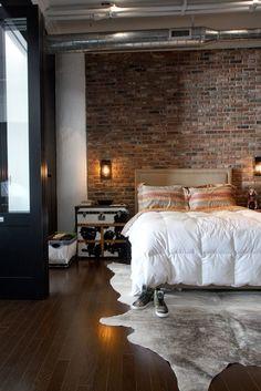 33 Industrial Bedroom Designs That Inspire Industrial Bedroom Design, Industrial Chic, Industrial Living, Home Bedroom, Bedroom Decor, Master Bedroom, Bedroom Ideas, Single Bedroom, Bedroom Loft
