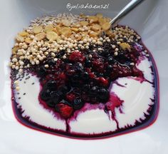 Acai Bowl, Food Ideas, Breakfast, Recipes, Vegane Rezepte, Acai Berry Bowl, Morning Coffee, Recipies, Ripped Recipes