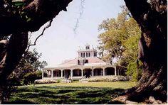 Welcome to Rip Van Winkle Gardens