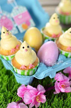 Quanto amo la primavera e la Pasqua!! Intorno a noi è tutto un tripudio di colori pastello, pois, coniglietti, pulcini, fiocchetti e ...