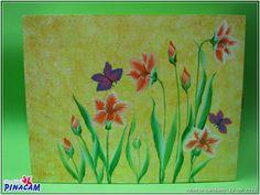 www.manualidadespinacam.com     Caja decorada con técnica multicarga por Montse. #manualidades #pinacam #multicarga #onestroke