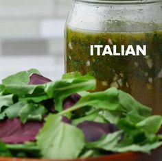 These Nine Mason Jar Salad Dressings Are Perfect For All The Summer Salads You'll Be Eating Catalina Salad Dressing, Honey Mustard Salad Dressing, Lime Salad Dressing, Salad Dressing Recipes, Salad Recipes, Salad In A Jar, Soup And Salad, Italian Salad, Italian Dressing