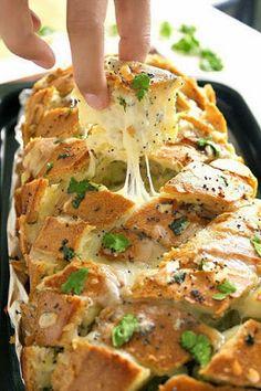 Aan Jeanne`s Keukentafel: Gevuld Italiaans Brood                                               Met de juiste kaas ook Trennkost Delight