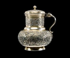 ❤ - 16th century Ottoman silver-gilt tankard and cover. Believed to originate in either Turkey or the Balkans, the piece sold for £ 285,600 in London in 2004 - and would undoubtedly be worth even more today.