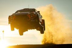 """Rally Italia Sardegna ha condiviso un post su Instagram: """"#jumpinginthedust con stile. Manca un mese al @rallyitaliasardegna! One month left to…"""" • Segui il suo account per vedere 738 post. Rally Car, Sci Fi, Instagram, Italia, Science Fiction"""
