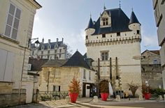 #france, #loirevalley, #payslochois, #touraine, #loches Duminică de toamnă târzie la Loches: Centrul Istoric