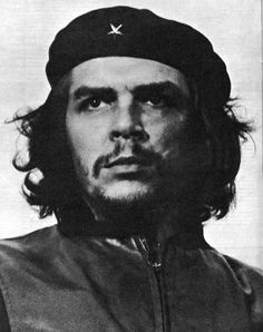 """Ernesto """"Che"""" Guevara was an Argentine Marxist revolutionary, physician, author, guerrilla leader, diplomat and military theorist. Ernesto Che Guevara, Fidel Castro, Iconic Photos, Cultura Pop, Famous People, All About Time, In This Moment, Black And White, Photography"""