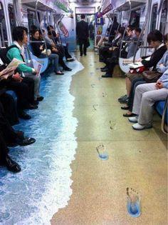 Adaptación del metro a las cálidas temperaturas veraniegas... #nosencanta :D