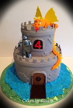 Birthday Cakes - Knight and dragon castle cake for Andrew Dragon Birthday Cakes, Castle Birthday Cakes, Dragon Birthday Parties, Dragon Cakes, Dragon Party, Themed Birthday Cakes, 5th Birthday, Themed Cakes, Castle Party