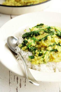 Rychlé vegetariánské kari Mung Dahl, Foto: isifa.com Dahl, Risotto, Indie, Fresh, Cooking, Fit, Ethnic Recipes, Kitchen, Cuisine