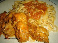 Betty's Cuisine: Κουνέλι κρασάτο κοκκινιστό Greek Recipes, Chicken Wings, Spaghetti, Meat, Ethnic Recipes, Food, Essen, Greek Food Recipes, Yemek