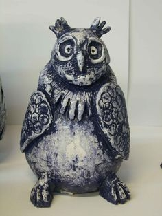 Lion Sculpture, Sculpture Ideas, Owl, Clay, Statue, Bird, Animals, School Ideas, Clays