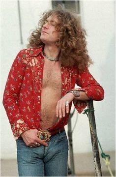 Robert Plant May 8,1977 Chicago. Photog. Neal Preston Robert Plant Led Zeppelin, Great Bands, Cool Bands, Hard Rock, John Bonham, John Paul Jones, Jimmy Page, Blues, Chicago