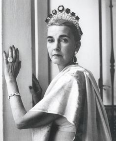 Barbara Hutton, wearing the Vladimir emeralds as a tiara together with a pair of emerald and diamond pendent earrings, the Marie Antoinette pearl necklace and  the Pacha Diamond ring, photographed by Cecil Beaton at Sidi Hosni in Tangier, 1961.