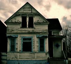 forgotten homes | ... Standing: Abandoned Homes Punctuate Detroits Cleared Neighbourhoods