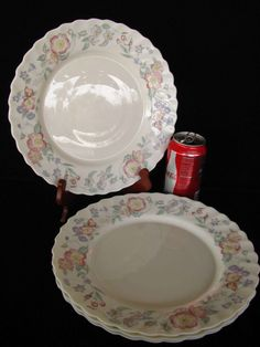 4+Arcopal+Ch&etre+Dinner+Plates+Floral+Scalloped+Edges+ & Arcopal France three (3) Tulip dinner plates 10.75\