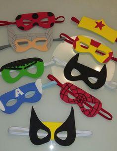 Kit máscaras heróis e heroínas Source by Gumpisy Kids Crafts, Toddler Crafts, Preschool Crafts, Diy And Crafts, Arts And Crafts, Paper Crafts, Superhero Party Favors, Fathers Day Crafts, Mask For Kids