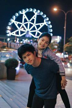 Kyle looking so Handsome.❤ Niana so adorable and gorgeous. Ranz Kyle, Siblings Goals, Celebrity Singers, Brother Sister, Relationship Goals, Youtubers, Philippines, Dancer, Babe