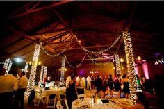 30 Intimate And Lovely Barn Wedding Reception Ideas - 28 - Pelfind