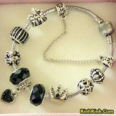 Những mẫu vòng tay Pandora được yêu thích nhất. Bạn nên xem qua Fanpage: https://www.facebook.com/rinhrinhdotcom Website: http://rinhrinh.com/