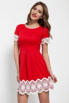 Bonalodi Kırmızı Kol ve Etek Boyu Beyaz Dantel Elbise: Lidyana.com