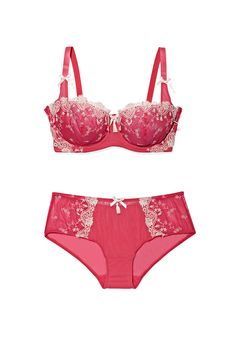 The perfect set of lingerie for Valentine's Day is just a click away. Check out these options: