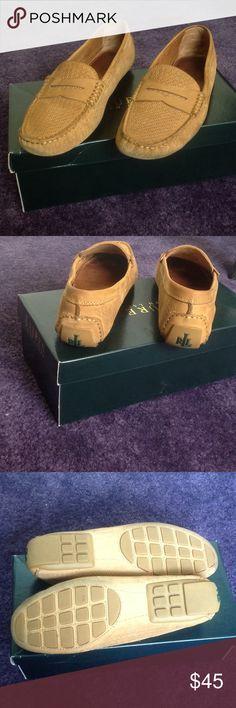 Selling this LAUREN Ralph Lauren loafers on Poshmark! My username is: kiki8080. #shopmycloset #poshmark #fashion #shopping #style #forsale #Lauren Ralph Lauren #Shoes