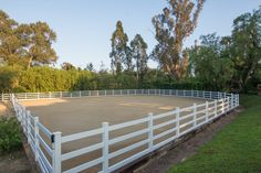 Clean lines on this riding arena in the Rancho Santa Fe Covenant Dream Stables, Dream Barn, Horse Stables, Horse Farms, Horse Barn Plans, Barn House Plans, Big Sky Barn, Horse Barn Designs, Horse Arena