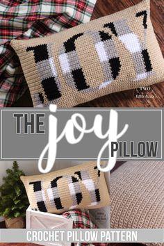 Christmas crochet pillow pattern, crochet pillow cover tutorial, buffalo plaid, buffalo check decor, - Two Little Birds Patterns Crochet Pillow Pattern, Crochet Cushions, Tapestry Crochet, Crochet Patterns, Graph Crochet, Pillow Patterns, Blanket Crochet, Christmas Cushions, Christmas Pillow Covers