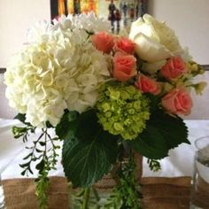 Wedding Flower Arrangements Step-by-Step Tutorial for Making Your Own Beautiful Flower Arrangements - Low Wedding Centerpieces, Floral Centerpieces, Fake Flower Arrangements, Wedding Flower Arrangements, Purple Wedding Flowers, Silk Flowers, Wedding Costs, Table Flowers, Fall Wedding