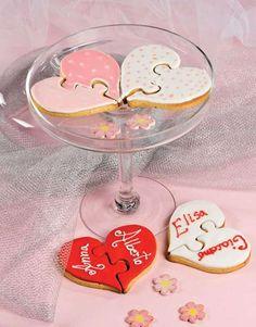 Biscotti di San Valentino alle nocciole http://www.arturotv.tv/san-valentino/biscotti-di-san-valentino