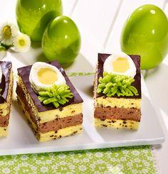 Ein dekorativer Eierlikörkuchen vom Blech.