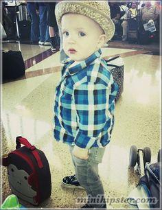 Shirt H    Skinny jeans  Old Navy    Sneakers  Vans Stylish Boys. Stylish  BoysHipster BabiesKids ... cf3e9c9cbea7