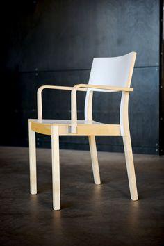 Mon chair 2007 prototype