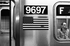 """People of NY. 1° riscatto Urbano di Matteo Baiocco. Saranno conteggiatii """"Mi piace"""" al seguente post: https://www.facebook.com/photo.php?fbid=10153490135995349&set=o.170517139668080&type=3&theater"""