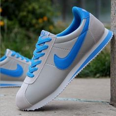outlet store 08feb 8c723 Nike Flynight Running Shoes