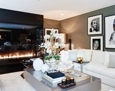 The Netherlands / Huizen / Head Quarter / Living Room / Ron Galella / Eric Kuster / Metropolitan Luxury