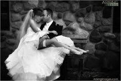 Google Image Result for http://arisingimages.com/blog/images/2008-05/michigan_wedding_photography_02.jpg