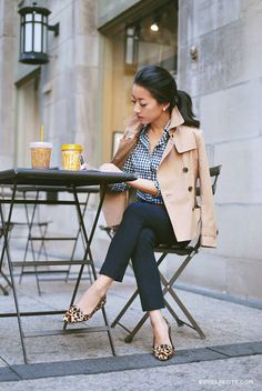 Easy fall outfit ideas for work & casual // short trench coat + gingham check shirt + navy pants + leopard flats