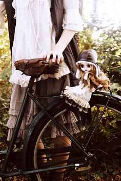 the bicycle & my doll *-*