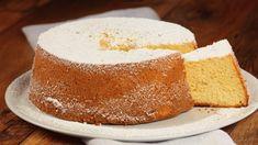Ricetta Chiffon cake: La ricetta della chiffon cake è oramai un caposaldo della pasticceria. Un dolce soffice come una nuvola, leggero e gustoso che vi conquisterà.
