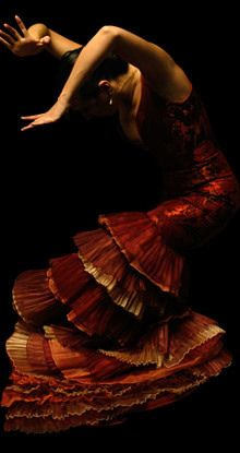 Flamenco Dancer - Celebrating Hispanic Traditional Dances - #hispanicheritage #hispanic