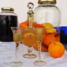 Fountain, Barware, Alcoholic Drinks, Wine, Glass, Food, Drinkware, Water Well, Bar Accessories