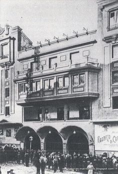 Monumental Cinema, 1923en la calle Atocha, 65 (Plaza de Antón Martín), en 192 Best Hotels In Madrid, Running Of The Bulls, Foto Madrid, Madrid Travel, Janis Joplin, Pamplona, Gaudi, Pilgrim, Old Pictures