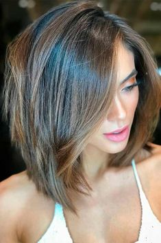 Layered Haircut 54 Cream Blonde Hair Color Ideas for Short Haircuts in Spring 2019 - Wass Sell Short Layered Haircuts, Layered Bob Hairstyles, Short Hair Cuts, Haircut Short, Medium Length Layered Bob, Long Bob Haircuts With Layers, Haircuts For Medium Length Hair Straight, Straight Hair Bob, Layered Bob Thick Hair