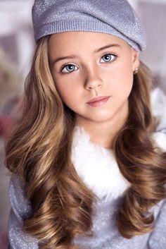 Image via We Heart It #beautifuleyes #beautifulgirl #beautifulhair #blonde…